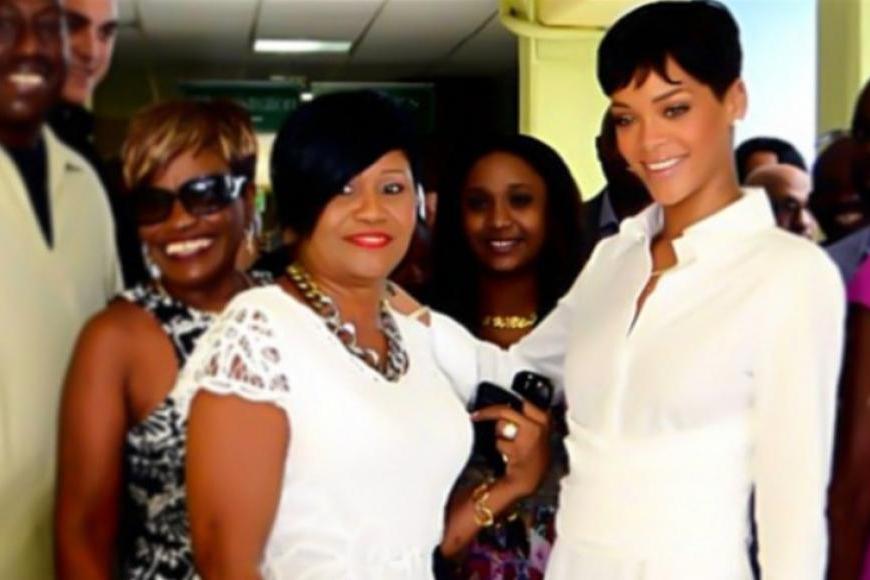 Rihanna nem akart, mégis döbbenetesen lefogyott - Fotók   Femcafe